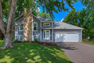 Photo of 11410 42nd Avenue N  Plymouth  MN