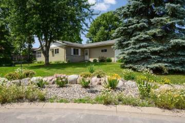 Photo of 215 Candlestick Circle  Annandale  MN