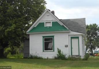 602 E Iowa Street, Elmore, MN 56027