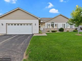 Photo of 229 BLUFF DR  Somerset  WI