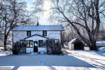 Photo of 720 3rd Street  Currie  MN
