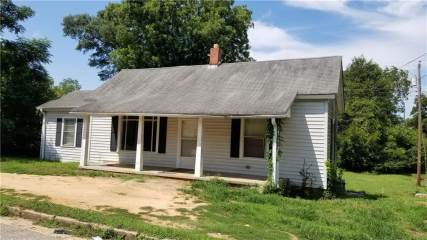 Photo of 50 S Lyons Street  Anderson  SC