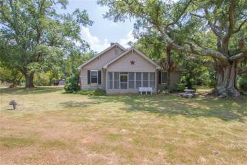 Photo of 110 Hopkins Road  Townville  SC