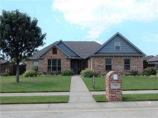 Photo of 603 Aspen Street  Pilot Point  TX