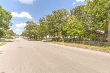 2112 Layton Avenue, Haltom City, TX 76117