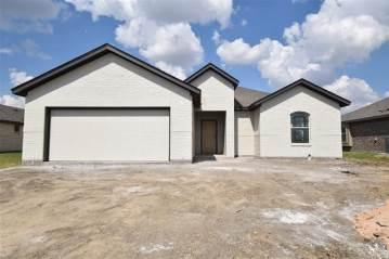 Photo of 409 Stoneridge Drive  Hillsboro  TX