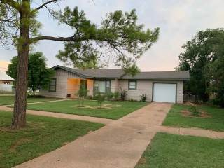 Photo of 801 N Mckinley Avenue  Rotan  TX