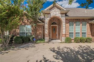 225 Richard Lane, Red Oak, TX 75154