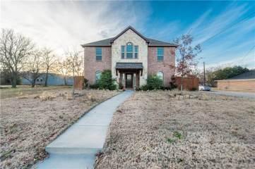 Photo of 409 Throckmorton Street  McKinney  TX