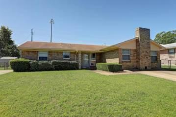 Photo of 518 Allen Avenue  Duncanville  TX