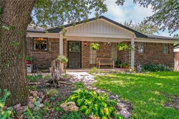 Photo of 605 Harwood Terrace  Bedford  TX