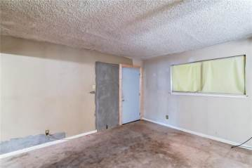 5012 Wilmington Drive, Fort Worth, TX 76107