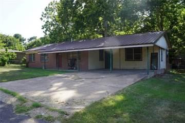 Photo of 108 Pecan Circle  Athens  TX