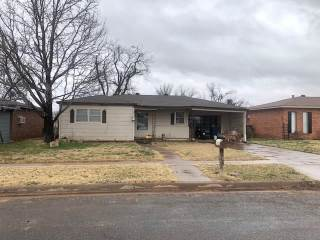 Photo of 804 E Johnston Street  Rotan  TX