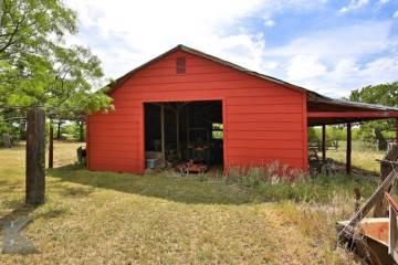 1610 County Road 207, Ovalo, TX 79541