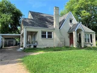 Photo of 502 E Dewey Street  Malakoff  TX