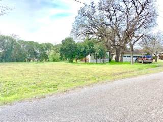 Photo of 1613 Lands End Street  Granbury  TX