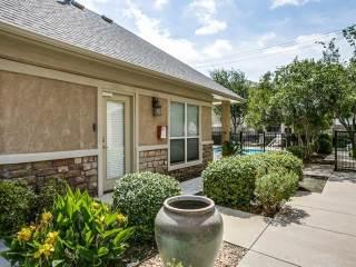3131 Cedarplaza Lane, Dallas, TX 75235