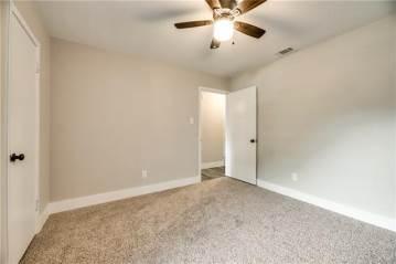 1502 E Tucker Boulevard, Arlington, TX 76010