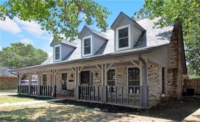 Photo of 1104 Guadalupe Place  Denton  TX