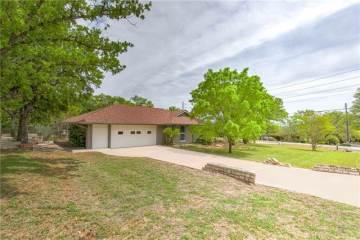 4320 Fairway Drive, Granbury, TX 76049