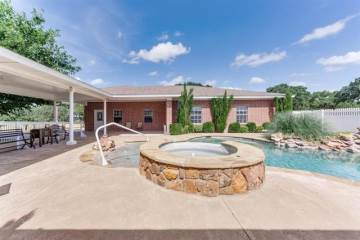 Photo of 505 County Road 1593  Alvord  TX