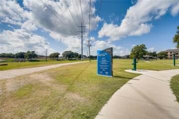 2604 Waters Edge Lane, Fort Worth, TX 76116