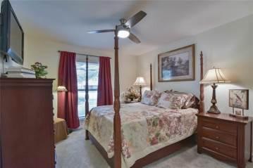 2200 Briarwood Boulevard, Arlington, TX 76013