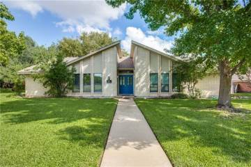 4212 French Lake Drive, Fort Worth, TX 76133