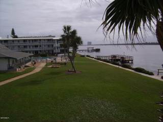 3015 N Halifax Avenue, Daytona Beach, FL 32118