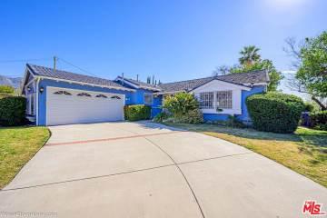 Photo of 957 West WOODBURY Road  Altadena  CA