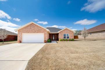 Photo of 1105 Deer Court  Abernathy  TX