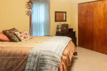 200 N Pearl Street, Vicksburg, MI 49097