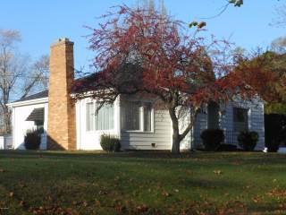 Photo of 521 N Bluff Street  Berrien Springs  MI