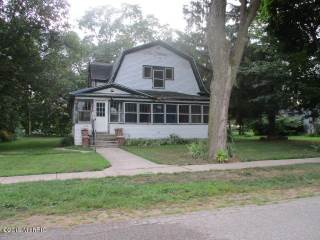 Photo of 110 Cottage Street  Gobles  MI