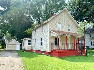 Photo of 130 Leedy Street  Coloma  MI