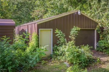 13698 Pardee Road, Sawyer, MI 49125