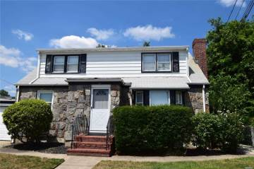 Photo of 1833 Front St  East Meadow  NY