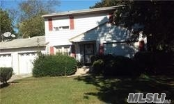 Photo of 159 Calebs Path  Brentwood  NY