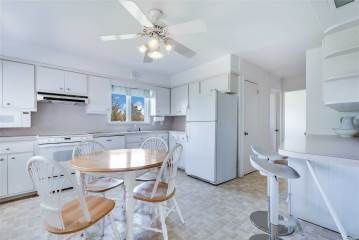 21 Thistle Patch Ln, Sag Harbor, NY 11963