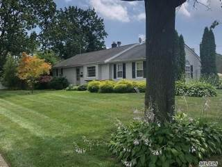 Photo of 372 Moriches Rd  St James  NY