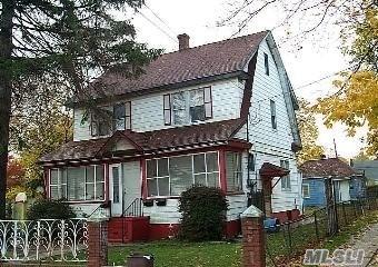 Photo of 70 Grove St  Hempstead  NY