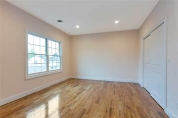 157 Evans Ave, Albertson, NY 11507