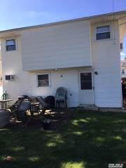 2925 Davis St, Oceanside, NY 11572