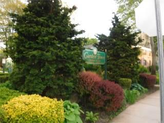 Photo of 1209 East Broadway  Hewlett  NY