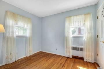 200 Sycamore Ave, Bethpage, NY 11714