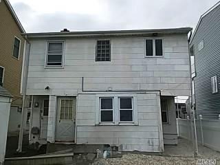 25 Gibbs Rd, Amityville, NY 11701