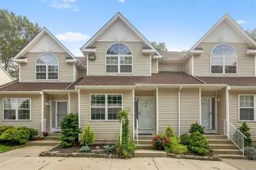Photo of 14 Heckscher Spur Dr  East Islip  NY