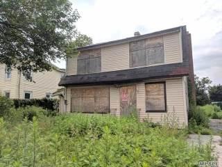 Photo of 66 Grove St  Hempstead  NY