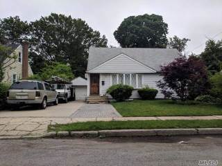 Photo of 581 Mitchell St  Uniondale  NY